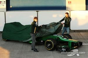 Charles Pic, Caterham and team mate Giedo van der Garde, Caterham F1 Team unveil the new Caterham CT03