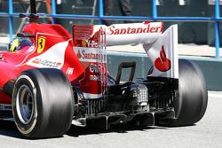 Felipe Massa, Ferrari F138, difusor traseiro e asa traseira