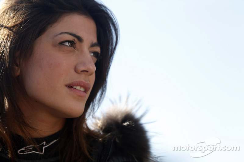 "<img class=""ms-flag-img ms-flag-img_s1"" title=""Italy"" src=""https://cdn-0.motorsport.com/static/img/cf/it-3.svg"" alt=""Italy"" width=""32"" /> Vicky Piria, 25 años"