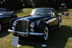 1959 Bentley Flying Spur H.J. Mulliner