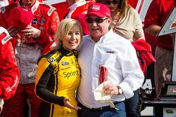 Pós-corrida: Richard Childress com a Sprint girl