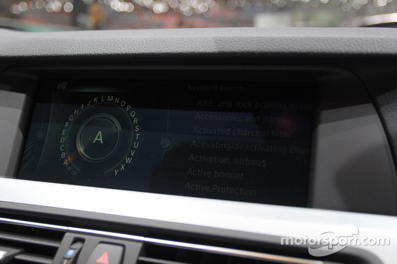 BMW Connect Drive Tech