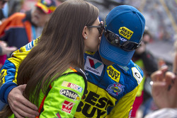 Danica Patrick, Stewart-Haas Racing Chevrolet, Ricky Stenhouse Jr., Roush Fenway Racing Ford