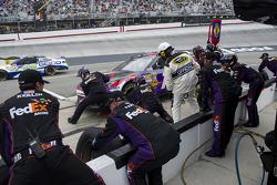 Denny Hamlin, Joe Gibbs Racing Toyota pitstop
