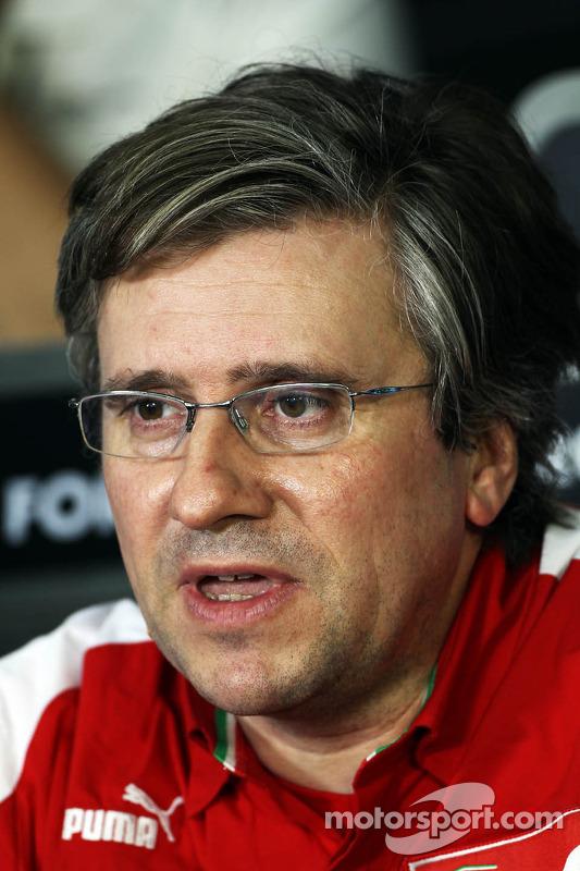 Pat Fry, Sub-diretor técnico da Ferrari e Chefe do Engenheiro de Corridaing na coletiva da FIA