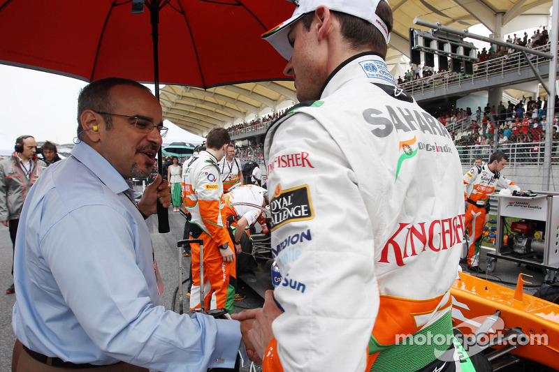 Adrian Sutil, Sahara Force India F1 met Prins Salman bin Hamad Al Khalifa, kroonprins Bahrain op de grid