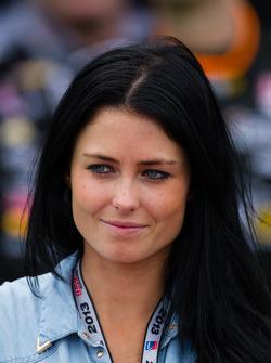 Círculo da Vitória: Kirsten Dee, namorada de James Hinchcliffe, Andretti AutoSport Chevrolet