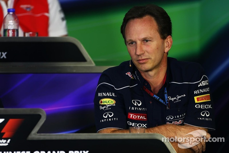 Christian Horner, Teambaas Red Bull Racing bij de FIA-persconferentie