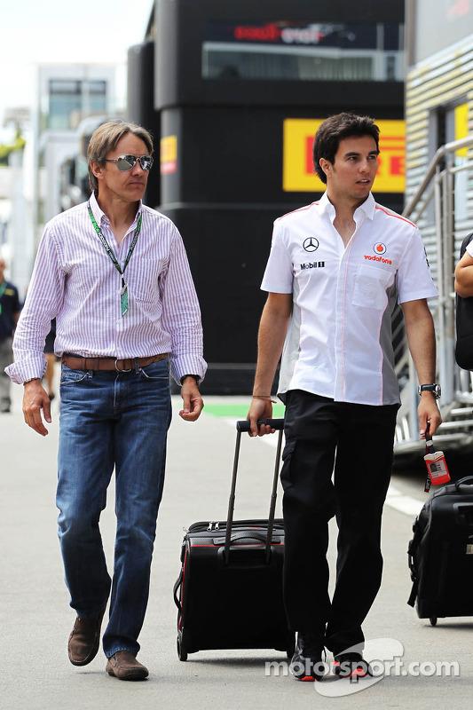 Sergio Perez, McLaren com Adrian Fernandez (MEX)