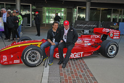 Alex Zanardi returns to Indianapolis with Chip Ganassi