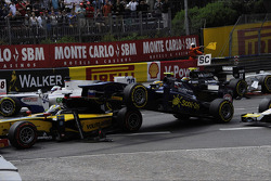 Start of the race, Crash, Marcus Ericsson and Tom Dillmann