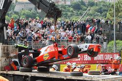 Start of the race, Crash, Mitch Evans