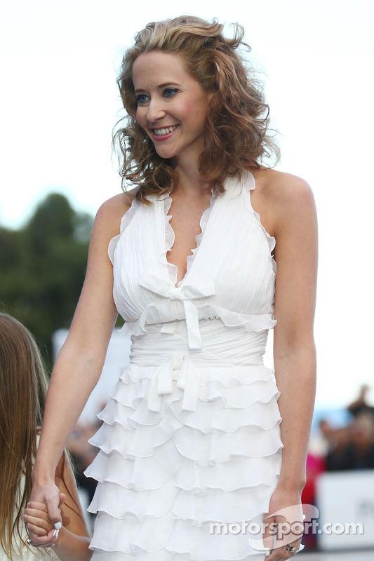 Catherine Hyde, namorada de Heikki Kovalainen, Caterham F1 Team, no Salão Amber Fashion Show