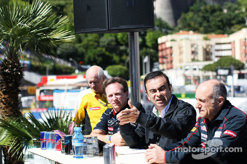 (L to R): Christian Horner, Red Bull Racing Team Principal with Carlos Ghosn, Chairman of Renault an