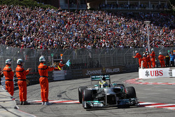 Race winner Nico Rosberg, Mercedes AMG F1 W04 celebrates at the end of the race