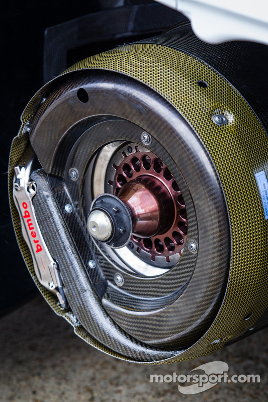 #2 Audi Sport Team Joest Audi R18 e-tron quattro: disco de freio
