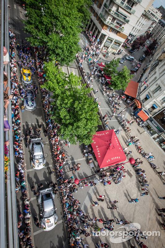 #77 Dempsey Racing - Proton Porsche 911 GT3-RSR, #88 Proton Competition Porsche 911 GT3-RSR