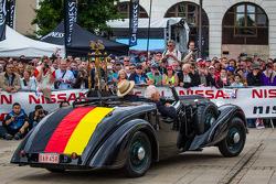 troféu de vencedor para o 24 Horas de Le Mans