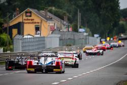 Grupo de carros segue o Safety Car, durante bandeira amarela: #39 DKR Engineering Lola B11/40 Judd: Romain Brandela, Olivier Porta, Stéphane Raffin