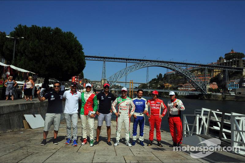 City parade, Darryl O'Young, BMW E90 320 TC, ROAL Motorsport, Stefano D'aste, BMW E90 320 TC, Protea