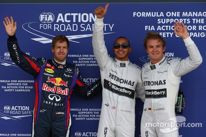 Ganador de la pole Lewis Hamilton, Mercedes AMG F1, segundo Nico Rosberg, Mercedes AMG F1 W04 y tercero Sebastian Vettel, Red Bull Racing RB9
