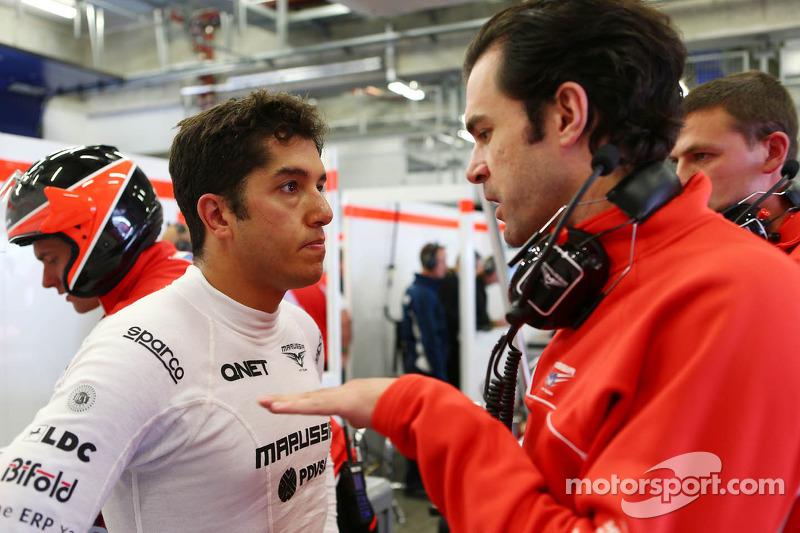 (L to R): Rodolfo Gonzalez, Marussia F1 Team Reserve Driver with Marc Hynes, Marussia F1 Team Driver Coach