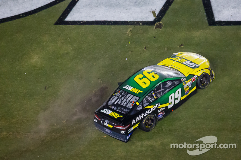 Carl Edwards, Roush Fenway Racing Ford after his crash