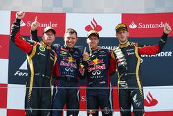 Podium: race winner Sebastian Vettel, second place Kimi Raikkonen, third place Romain Grosjean