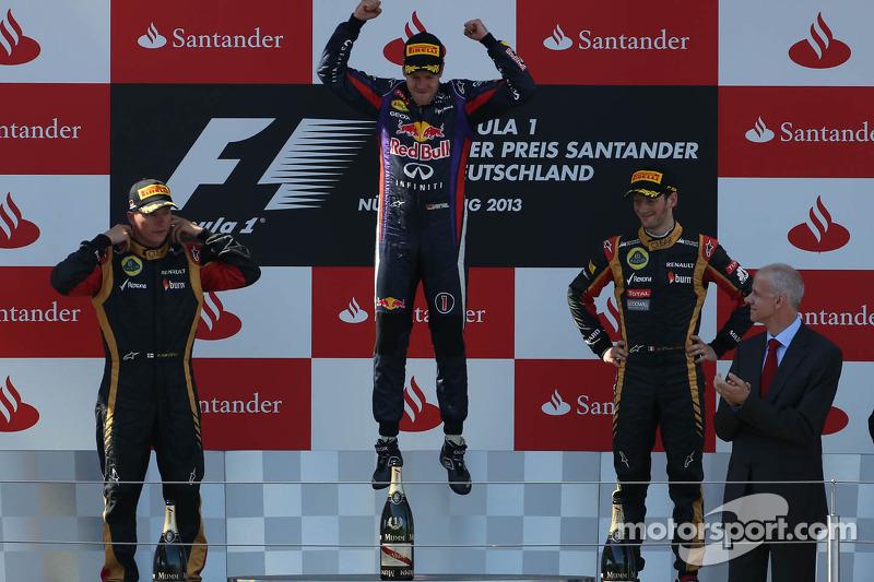 Kimi Raikkonen, Lotus F1 Team, Sebastian Vettel, Red Bull Racing and Romain Grosjean, Lotus F1 Team