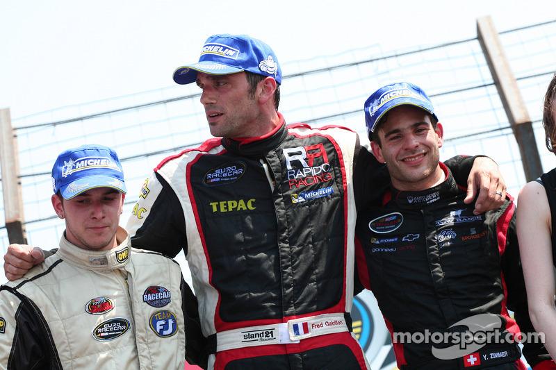 Sunday ELITE race podium – L-R: Willy Boucenna, Frédéric Gabillon, Yann Zimmer