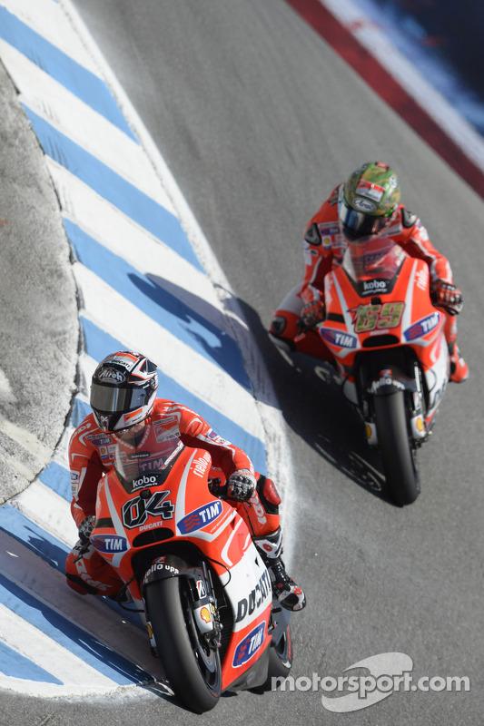 Andrea Dovizioso, da Ducati Team e Nicky Hayden, da Ducati Team