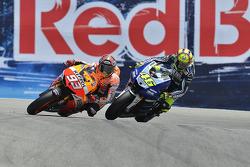 Валентино Росси и Марк Маркес. ГП США, воскресная гонка.
