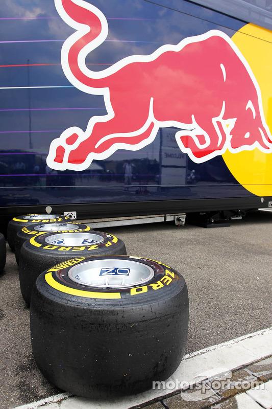 pneus Pirelli para o Red Bull Racing team
