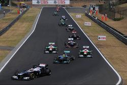 Pastor Maldonado, Williams FW35 at the start of the race