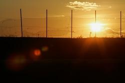 pôr-do-sol at Castrol Speedway