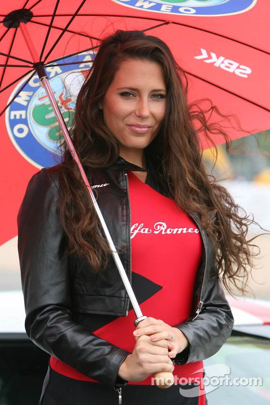 Alfa Romeo menina