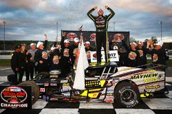 Whelen Modified Tour: Thompson
