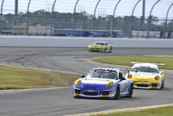 #16 TA3 Porsche 911 GT3 Cup: Tom Herb of Fall Line Motorsports