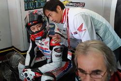 Takumi Takahashi, Estrella Galicia 0,0 Marc VDS, mit Hiroshi Aoyama, Honda, und Gilles Bigot