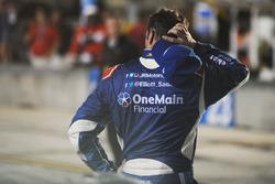 Elliott Sadler, JR Motorsports Chevrolet reagisce dopo aver perso il campionato