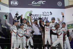 Podium LMP1: race winners Sébastien Buemi, Anthony Davidson, Kazuki Nakajima, Toyota Gazoo Racing, second place Timo Bernhard, Earl Bamber, Brendon Hartley, Porsche Team and third place Neel Jani, Andre Lotterer, Nick Tandy, Porsche Team