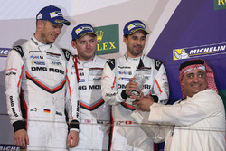 Podium LMP1: third place Neel Jani, Andre Lotterer, Nick Tandy, Porsche Team