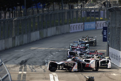 Edoardo Mortara, Venturi Formula E, leads the race