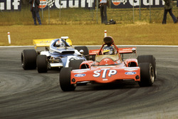 Ronnie Peterson, March 721X; Rolf Stommelen, Eifelland 21