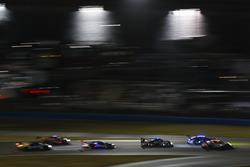 #10 Wayne Taylor Racing Cadillac DPi, P: Ренгер ван дер Занде, Джордан Тейлор, Райан Хантер-Рей