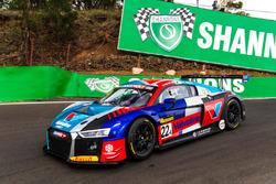 Гарт Тандер, Кельвин ван дер Линде, Фредрик Вервиш, Audi Sport Customer Racing, Audi R8 LMS (№22)