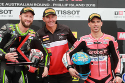 Polesitter Tom Sykes, Kawasaki Racing, second place Eugene Laverty, Milwaukee Aprilia, Troy Bayliss