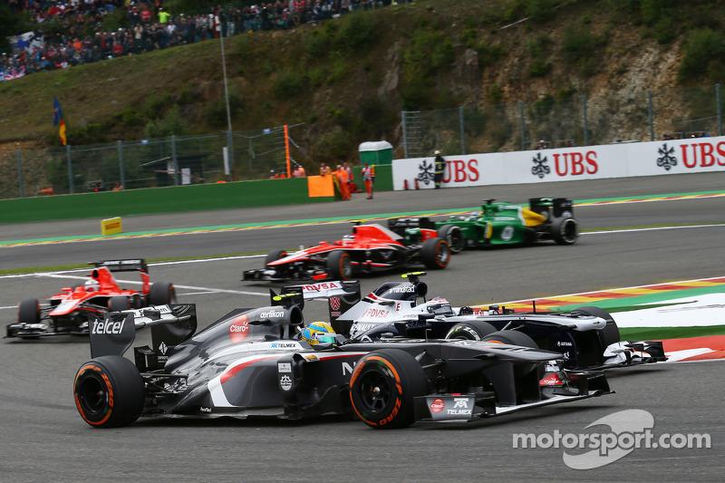 Esteban Gutierrez, Sauber and Valtteri Bottas, Williams