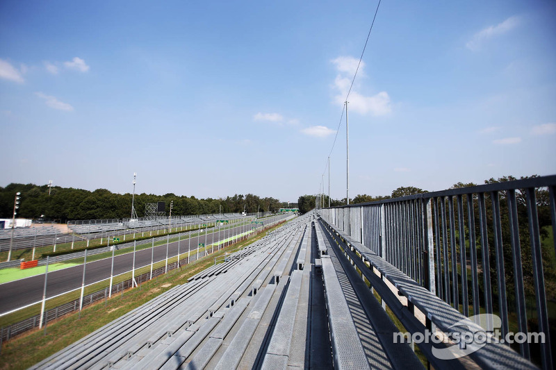 The grandstand approaching the Parabolica