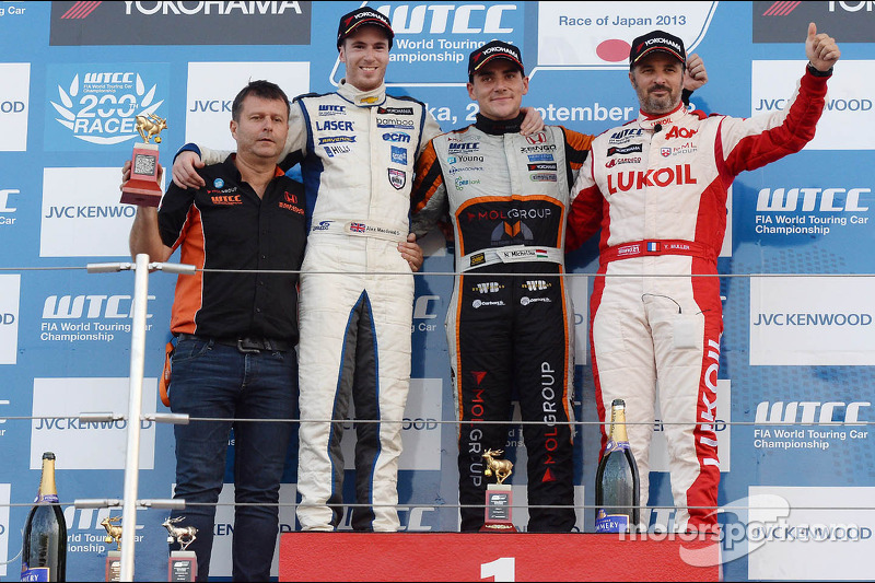 1e plaats Norbert Michelisz, Chevrolet Cruze 1.6T, RML